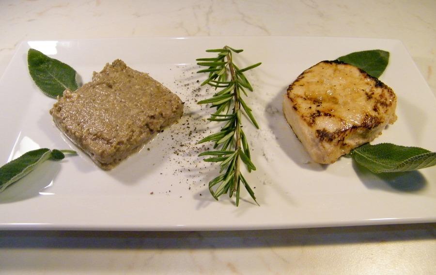 Filetto di maiale marinato con purè funghi al bra