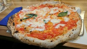 pizza margherita - uomo senza tonno
